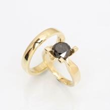 Black D. Jewelz par 2,00 ct.